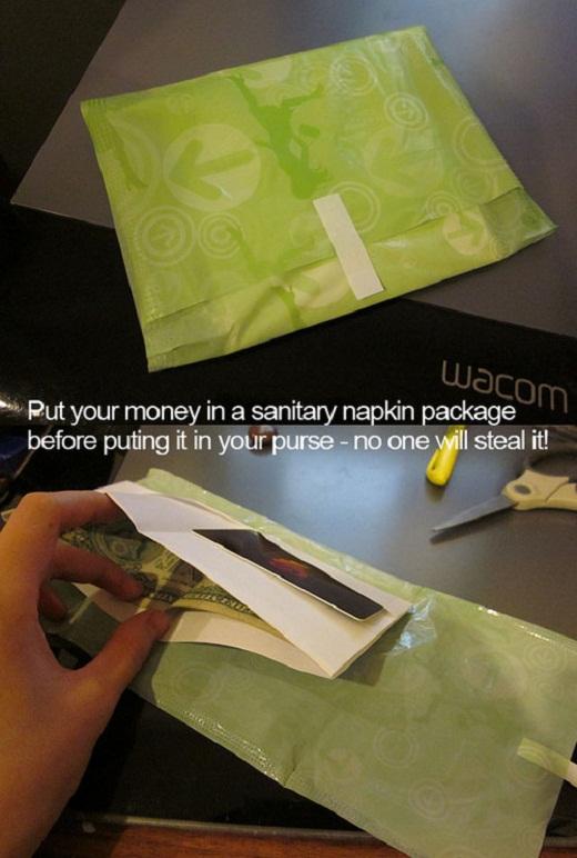 Pochette argent serviette hygiénique